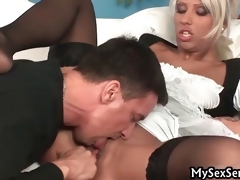 amatør hardcore milf blonde gruppe blowjob uniform store bryster