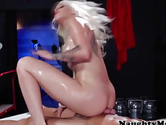 milf blonde handjob blowjob oral massasje synspunkt hd porno