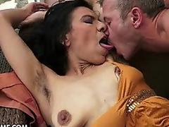 brunette european hardcore blowjob naturlige pupper fitte cougar fingring slikking kyssing