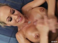 hardcore milf blonde store bryster massasje hd porno