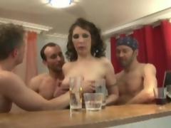 amatør moden strømper anal orgie gangbang