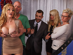 MILF Pornstar Jennifer Is Johnny's Take Home Pay